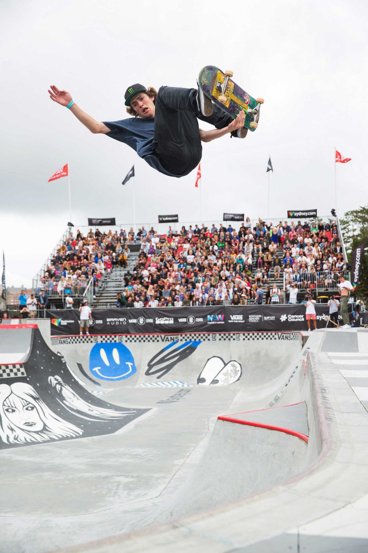 VANS PARK SERIES | THE FINALS - After a day of rain delay madness, Tom Schaar takes it!...